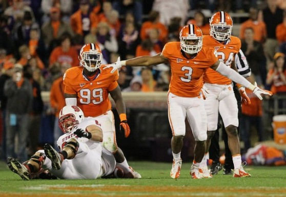 Vic Beasley (#3) leads a Clemson defense that will be tops in the nation this coming season.