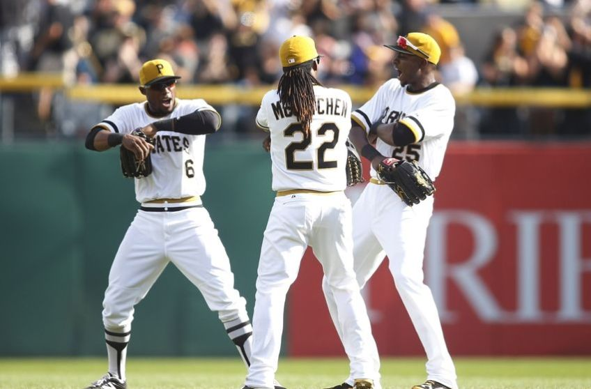 starling-marte-andrew-mccutchen-gregory-polanco-mlb-milwaukee-brewers-pittsburgh-pirates-850x560